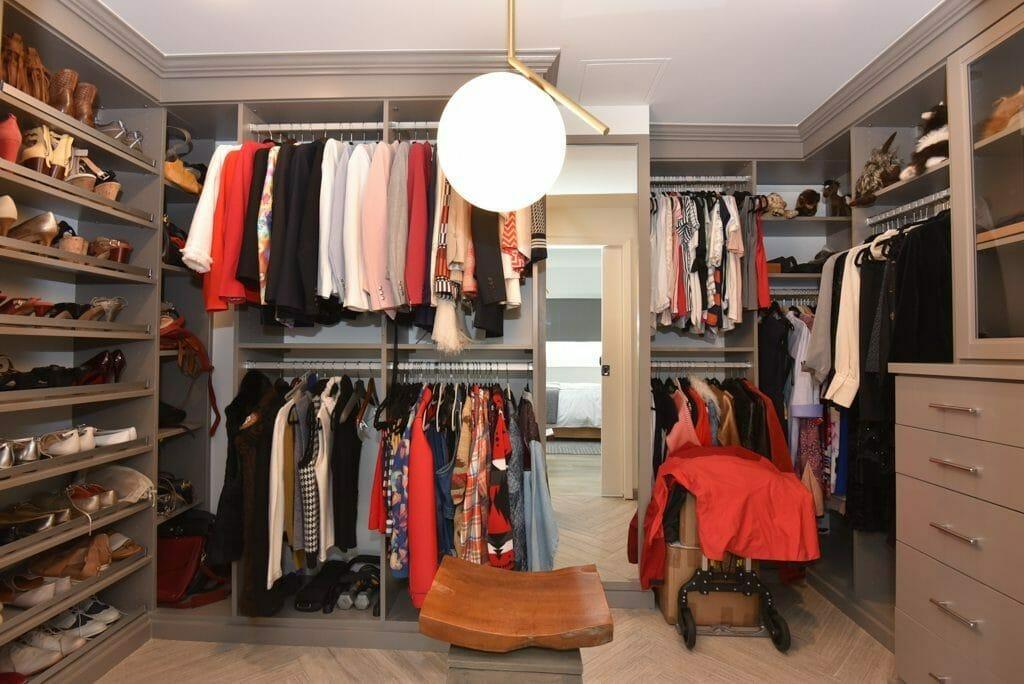 Houston Museum District Condo - Master Bedroom Walk-In Closet