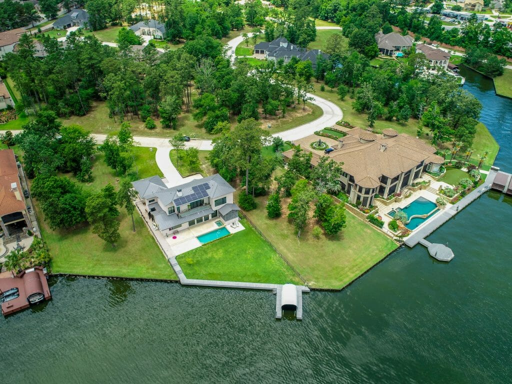 Residential Real Estate - Waterfront Property For Sale on Lake Conroe in Montgomery, TX